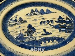 Antique Chinese Mid-Late Qing 19th Century Porcelain Plate, 13.2 (33.5 cm)