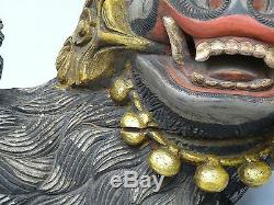 Paire Antique Tard 19 C. Qing Chinois Profondément Carved Polychrome Bois Foo Dog 19